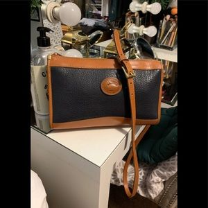 Authentic Dooney Bourke Crossbody